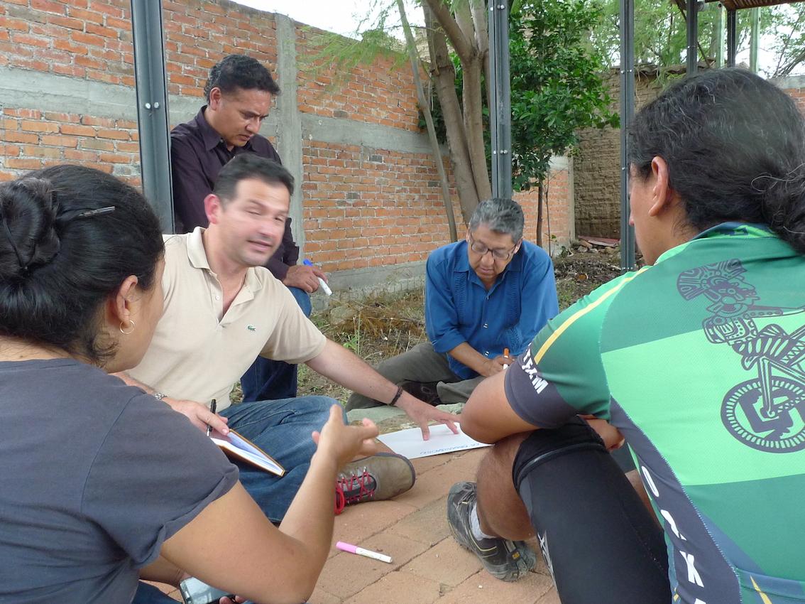 Students from Casa de la Ciudad