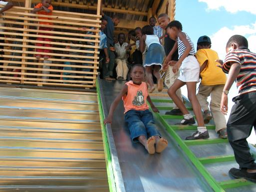 Emmanuel Daycare Center, slide detail