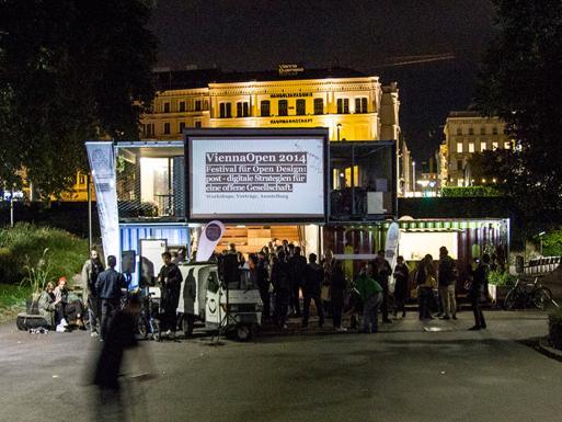 Mobiles Stadtlabor as festival-center for the OPEN design festival  © Lukas Bast