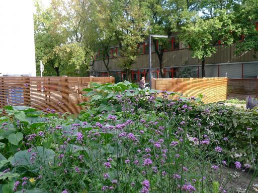 """Tante Helge"" DesignBuild Fence"