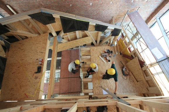building process / image: peter fattinger